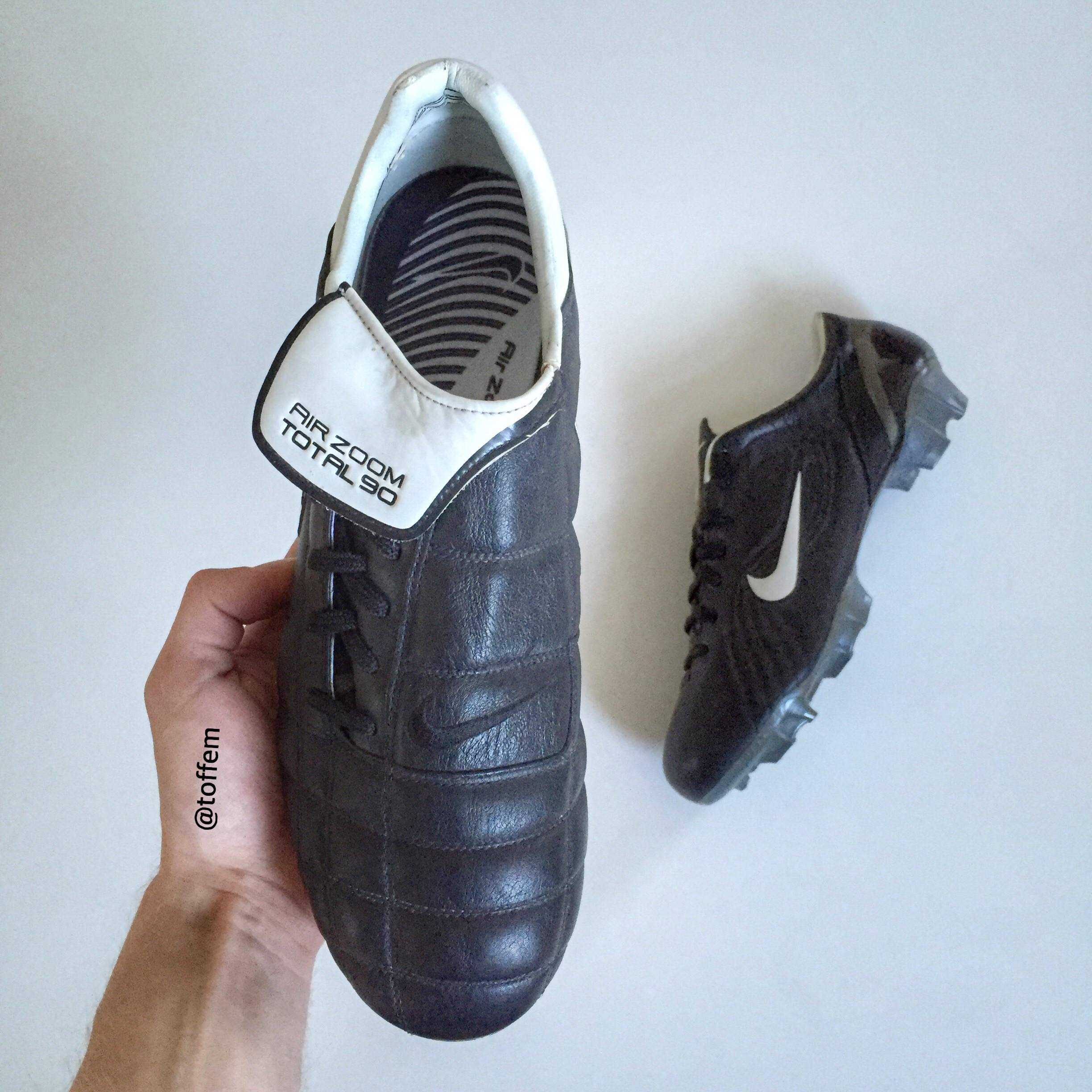4a72386a24036 Best features on the boots are definitely the black leather and the  stiching! You can really see that they are high quality. For me who have  always been a ...